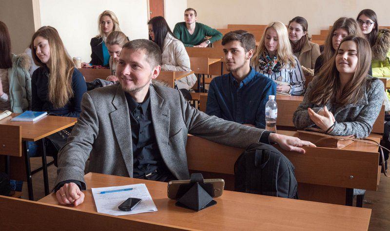 3/30/16 Kharkiv, Ukraine -- Kharkiv National University journalism classes led by Sherry Ricchiardi. Professor Maksym (Max) Balaklytskyi.