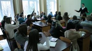 Руслан Кухарчук зі студентами
